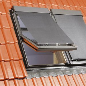 fakro-amz-parasolar-mansarda-exterior-caldura-cluj-sistemat-distribuitor-seriozitate-profesionalism-autorizat-montaj